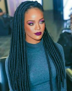 Ri Ri ❤ What to look for in your tailor What to look for in your tailor: Whether your fabul Rihanna Tour, Estilo Rihanna, Best Of Rihanna, Mode Rihanna, Rihanna Outfits, Rihanna Riri, Rihanna Style, Rihanna Baby, Rihanna Hairstyles