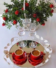 Afiyet olsun 👏🏼 @gozdearmagan ❤️ #1fincanask #kahvefincan #kahvesunumları #colorful #istanbulfincan  #englishhome #kahve #kahvesunum… I Love Coffee, Coffee Art, My Coffee, Coffee Drinks, Coffee Cups, Tea Cups, Good Morning World, Good Morning Coffee, Coffee Break