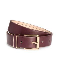 ¡Echa un vistazo! Cinturón en piel sintética con hebilla de metal. Ancho 2,5 cm. – Visita hm.com para ver más.