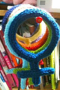 Knit I Cord Female sign