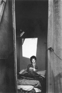 Photo by Jean Loup Sieff. S)