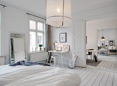 Home Decor – Bedrooms : Beautiful White Interior Design Of Scandinavian Interior Design For Apartment -Read More – - White Interior, Home, Home Bedroom, Bedroom Design, Home And Living, White Rooms, Apartment Interior Design, Interior Design, House Interior