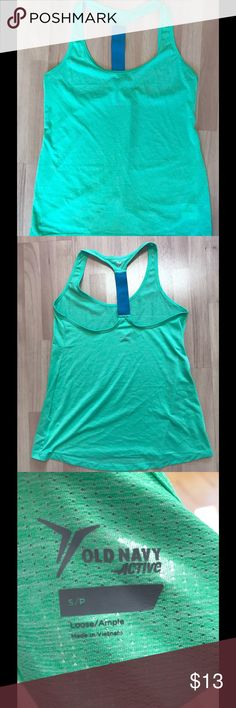 """Old Navy Active Racer Back Tank Top Get your workout on with this like new Old Navy Active tank top.  Length: 24 1/2""""; Bust: 16""""; Width across the bottom: 21"""". Old Navy Tops Tank Tops"""