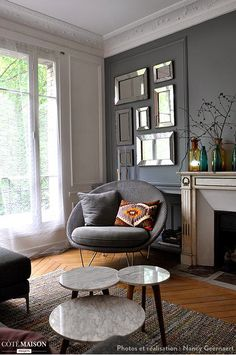 SELENCY : Mirrors / silver mirrors / mirror gallery / living room / grey armchair