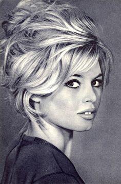 Brigitte Bardot's hair... amazing...