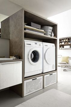 How to organize your laundry (even in a few square meters!)- Come organizzare la tua lavanderia (anche in pochi mq!) How to decorate a laundry room in the house? Small Laundry Rooms, Laundry Closet, Laundry Room Storage, Small Rooms, Bathroom Design Luxury, Modern Bedroom Design, Bedroom Designs, Drying Room, Laundry Room Inspiration