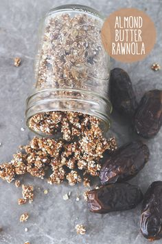 vegan & gluten-free almond butter rawnola // easy, 5-ingredient chewy granola!