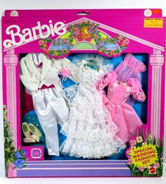 One new in box doll fashion. The box shows slight wear from age. Barbie 1990, Vintage Barbie Dolls, Barbie And Ken, Barbie Wedding, Barbie Party, Pop Sicle, Barbie Clothes, Barbie Outfits, Made To Move Barbie