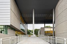 A Universidade de São Paulo (USP) Disponibilizou mais de 3 mil livros e periódicos para consulta e download na página daBiblioteca Brasiliana Guita...