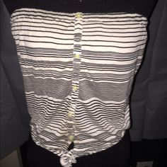 XS strapless top - American Eagle - brand new Brand new without tags, never worn. Super adorable top American Eagle Outfitters Tops Blouses