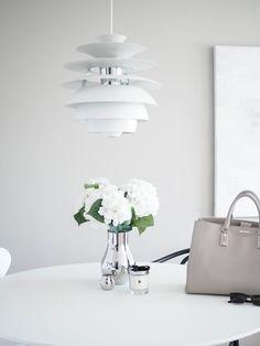 Louis Poulsen Snowball / Georg Jensen / White interior