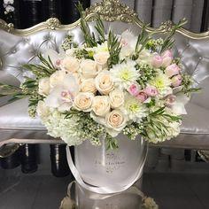 "Polubienia: 2,056, komentarze: 5 – J'Adore Les Fleurs ™ (@jadorelesfleurs) na Instagramie: ""A blush beauty with olive branches 🎀"""
