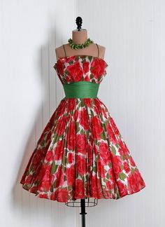 1950's Vintage Red-Roses Watercolor Floral-Garden Print Heavily-Pleated Scenic Cotton-Couture Sculpted Shelf-Bust Plunge Nipped-Waist Rockabilly Ballerina-Cupcake Princess Swing Circle-Skirt Bombshell Beach Wedding Cocktail Party Sun Dress