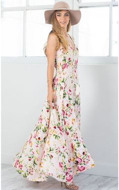 Shop the latest maxi dresses at Showpo. New looks daily including long sleeve, floral & summer maxis. Floaty Dress, Floral Midi Dress, Dress Skirt, Bohemian Style, Boho, Bridesmaid Dresses, Prom Dresses, Floral Fashion, Dress Online