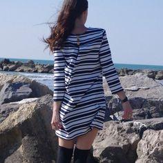 Robe Violette réalisée à partir du patron de la blouse Violette de Dessine moi…
