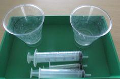 Vie pratique :Transvaser de l'eau à la seringue, jusqu'aux traits (Nathaliell)