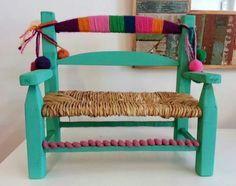 Silla intervenida manualidad Furniture Upholstery, Home Decor Furniture, Kids Furniture, Painted Chairs, Hand Painted Furniture, Mexican Furniture, Mexican Home Decor, Ikea, Chair Design