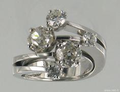 bague or et diamants tailles anciennes