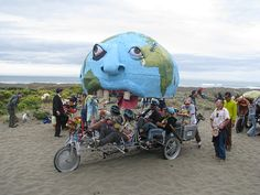 Psychedelic Art: Kinetic Sculpture Race 2008 Arcata to Ferndale California. This was the best as they paraded through main street!