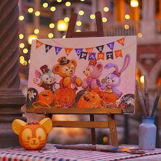 Possibly the cutest Halloween party this year What do you think? . Photo by @mtmn_kyk . #TDS #tokyodisneysea #disneyHalloween #duffy #shellymae #gelatoni #stellalou #東京ディズニーシー #ディズニーハロウィーン #ハロウィーンパーティ #ダッフィー #シェリーメイ #ジェラトーニ #ステラルー #tdrexplorer #ディズニー #disneyaddict #disneyjapan #tokyodisneyresort #disney #themepark #tokyo #japan #disneyland #disneygram #disneyig #instadisney