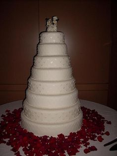 disney wedding cakes   Disney wedding