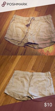 Guess Linen Shorts Tan shorts from Guess. Elastic waist band. Guess Shorts