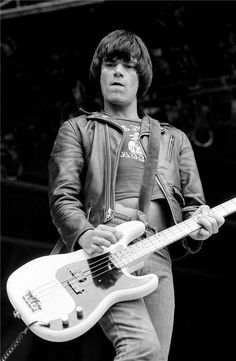 In MEMORY of DEE DEE RAMONE on his BIRTHDAY - Born Douglas Glenn Colvin, American musician, singer, rapper, and songwriter best known for being a founding member of the punk rock band the Ramones, in which he played bass. Throughout the band's existence, Dee Dee was the band's most prolific lyricist and composer, writing many of their best-known songs Sep 18, 1951 - Jun 5, 2002 (heroin overdose) Dee Dee, Ramones, Bass, Music Instruments, Guitar, Instagram, Brother, Flat, Guitars