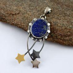 Raw lapis lazuli, lapis lazuli pendant, stars, gold star