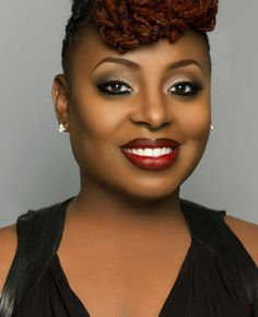 Ledisi's face is BEAT!