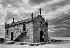 CELORICO DE BASTO (Portugal): Capela de Nossa Senhora do Viso.