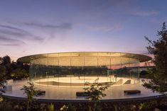 """The """"largest carbon-fibre roof in the world"""" tops the Steve Jobs Theater Pavilion at the Foster + Partners-designed Apple Park campus. Apollo Theater, Zaha Hadid, Basel, Apple Steve Jobs, Glass Lift, Staircase Landing, Stainless Steel Drum, Foster Partners, Roof Structure"""