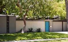 Eichler house in Orange. Discover what makes Eichlers  unique. Click on the image.