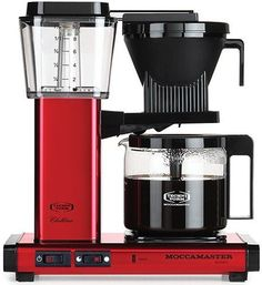 Technivorm Moccamaster Coffee Maker with Glass Carafe Technivorm Moccamaster Kaffeemaschine mit Glaskaraffe Filter Coffee Machine, Drip Coffee Maker, Coffee Cups, Coffee Beans, Coffee Box, Coffee Creamer, Coffee Latte, Starbucks Coffee, Coffee Lovers