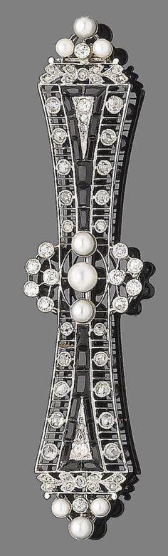 Art Deco onyx, diamond & seed pearl bar brooch