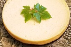 Rice Cooker Recipe -  Vanilla Bean Cheesecake with a Gingersnap & Pecan Crust