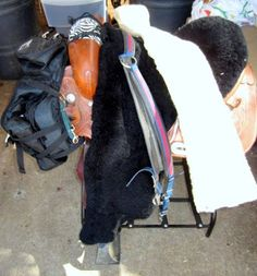 Redheaded Endurance: How To Endurance-ify Your Average Western Saddle