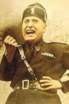 Mussolini Italyası, 2. Dünya Savaşı öncesi Scala Nutku verdi ve korporatif teşkilatlanma vasıtasıyla ekonomisini kontrol altına aldı.