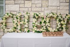 Oh boy - flowers sign at baby shower