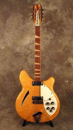 The shown here was the same model, year, and finish color of the Rickenbacker played by Roger McGuinn on the Byrdsу initial albums. The Rickenbacker guitar was the foundation of the folk-rock sound of the that the Byrds helped to create. Guitar Art, Music Guitar, Guitar Chords, Cool Guitar, Gretsch, Rickenbacker Guitar, Gibson Les Paul, Roger Mcguinn, Guitar Chord Progressions