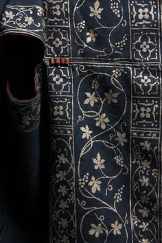 A fine and rare Mariano Fortuny stencilled orientalist black silk evening coat, c. 1910-20