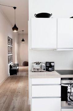 La maison d'Anna G.: Chez By Nord - Dixon pendants in a hallway