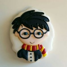 Harry Potter Cookie Fancy Cookies, Royal Icing Cookies, Cupcake Cookies, Sugar Cookies, Disney Cookies, Harry Potter Cake, Galletas Cookies, Themed Cupcakes, Novelty Cakes