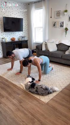Fitness Workouts, Hiit Workout At Home, Buddy Workouts, Gym Workout Videos, Fitness Workout For Women, Fitness Goals, At Home Workouts, Fitness Motivation, Fitness Couples