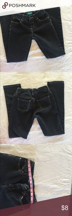 Old Navy skinny Jeans for girl Good used condition Skinny washed black jeans with adjustable waist.  Measuring about .waist 11-11.5 length 32 inches Old Navy Bottoms Jeans