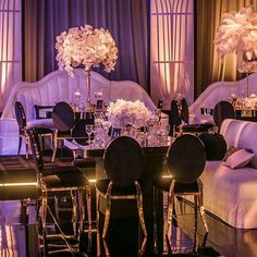One more shot of this epic #GreatGatsby 40th for #GCT40. Orchids and Feather arrangments reigned over our mirror tables. The deco booths placed around the perimeter were the perfect seating choice for this sexy party. Team: Design and Furnishings: #EdgarZamora and Angela for #RevelryEventDesigners  Floral Design: Celiosdesign   Lighting: Images by Lighting   Venue: The Lot Studios   Food and Beverage: Global Cuisine by Gary Arabia   Entertainment: #EPlusProductions   Photography by : Katie…