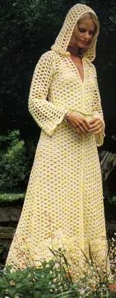 mindoncoffee:    Long Hooded Coat. Click the photo for the pattern - oh my wow....: