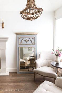 14 Fantastic French Country Decorating Ideas French Home Decor, French Country Decorating, Living Room Decor, Bedroom Decor, Trumeau Mirror, Diy Mirror, Crackle Painting, Painting Pumpkins, Art Deco