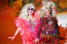 Trixie Mattel and Katya Zamolodchikova performing in Toronto on October 2019 (photo by Drag Coven) Drag Queen Costumes, Drag Queen Outfits, David Gandy, David Beckham, Katya And Trixie Mattel, Long Haired Men, Lesbian Moms, Katya Zamolodchikova, Drag Queen Makeup
