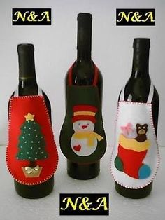 🌲 ⛄ Artesanatos: Avental de Garrafa em Feltro - Natal - / 🌲 ⛄ Crafts: Bottle Apron on Felt - Christmas - Christmas Projects, Felt Crafts, Holiday Crafts, Christmas Wine, Felt Christmas Ornaments, Felt Decorations, Christmas Decorations, Craft Gifts, Diy Gifts