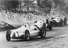 1938 Grand Prix at Donington Park, Great Britain: the Auto Union driver H. P. Muller finished fourth on this winding, hilly circuit in the Auto Union Type D